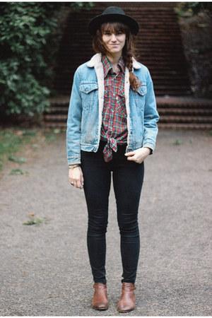 sky blue vintage jacket - dark brown boots - black jeans - black hat