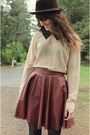 Peach-blouse-dark-brown-vintage-hat-maroon-skirt