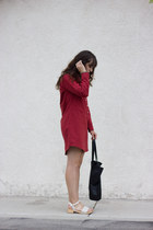 ruby red Bridge & Burn dress - black baggu bag - ivory Charlotte Stone clogs