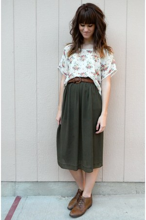 dark green skirt - dark brown vintage shoes - dark brown belt