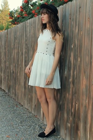 white studded storets dress - black hat