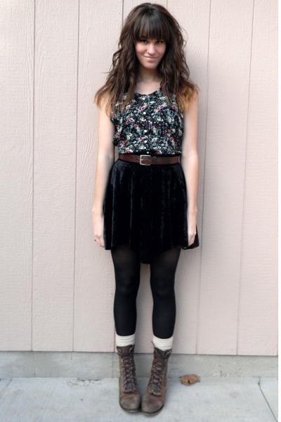 Black Vintages Floral Dresses Dark Brown Vintage Belts | u0026quot;A fleursu0026quot; by themoptop | Chictopia