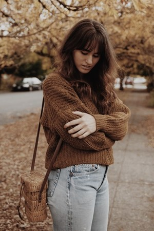 brown madewell sweater - burnt orange free people boots - sky blue Levis jeans