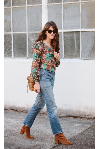 brick red vintage top - tawny free people boots - blue vintage Levis jeans
