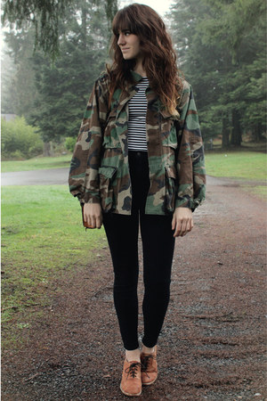e87b9f4b885d army green jacket - tawny Jeffrey Campbell shoes - black BDG pants