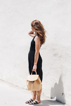 neutral Armadio bag - black Urban Outfitters sandals - black Azalea romper