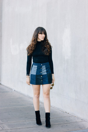 black vintage boots - navy Forever 21 skirt - black Forever 21 top