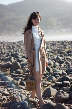 camel Blq Basiq coat - ivory Finders Keepers the label dress