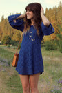 Navy-lace-dress-tawny-vintage-bag-brown-flatforms-wedges