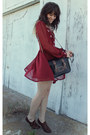 Dark-brown-oxfords-shoes-maroon-dress-black-bag