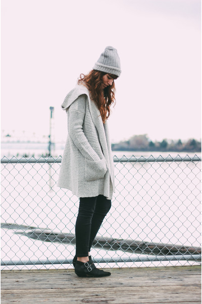 silver Kimchi Blue cardigan - black Shellys London boots - heather gray hat