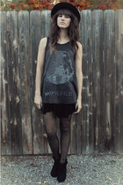 black velvet free people skirt - black Shoe Mint boots - navy free people top