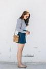 White-ivyrevel-top-navy-ag-jeans-skirt-dark-khaki-zara-sandals