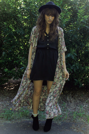 black boots - black cutout dress - magenta floral cape