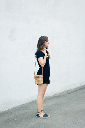 camel vintage bag - black Tobi romper - black asos sandals