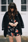 Black-coat-dark-brown-jesslyn-blake-bag-black-stone-cold-fox-jumper