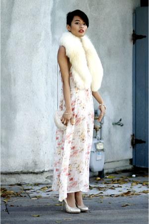 Aldo heels - vintage floral vintage dress - fur stole vintage scarf