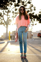 cropped top pink t-shirt - blue jeans volcom jeans - camille zarsky bag