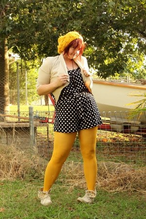 yellow modcloth hat - eggshell pure hype jacket - yellow Jay Jays tights