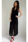Black-cotton-on-dress-beige-givenchy-bag-hot-pink-rred-heels