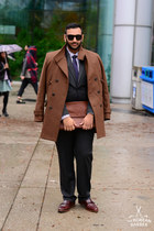 maroon cotton RW&CO shirt - dark brown leather Cole Haan shoes