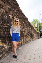 Yesstyle shorts - Valentino sunglasses - H&M top