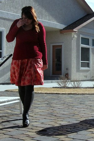ruby red H&M dress - ruby red Old Navy sweater - black HUE tights - black Candie