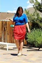 red Boden skirt - blue Old Navy shirt - beige DSW wedges - gift necklace