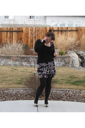 purple H&M dress - black HUE tights - white Steve Madden shoes - black unknown s