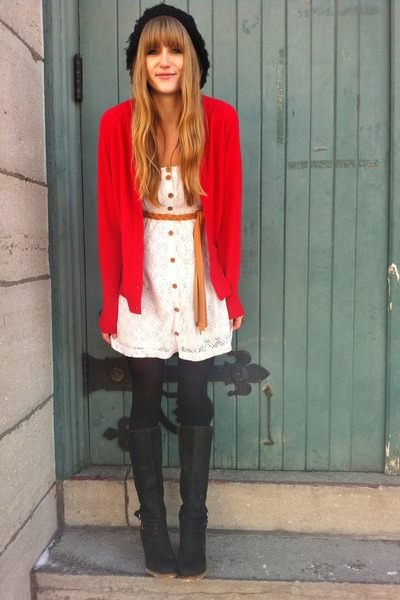 ruby red wool thrifted sweater - black wedge heel le chateau boots