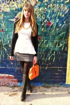 black le chateau boots - carrot orange vintage bag - orange vintage necklace