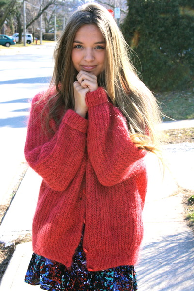 wool vintage sweater - Forever 21 dress - sparkly Urban Outfitters flats