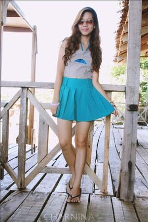 aquamarine pleated OASAP skirt - silver cutout pinkaholic top