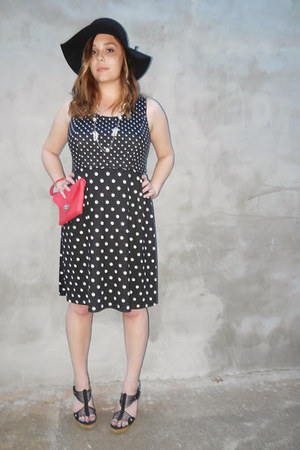 polka dot dress - black floppy hat - ruby red clutch bag - Steve Madden wedges
