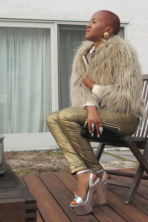 bronze metallic Zara jeans - camel faux fur Zara coat - black Lodis purse