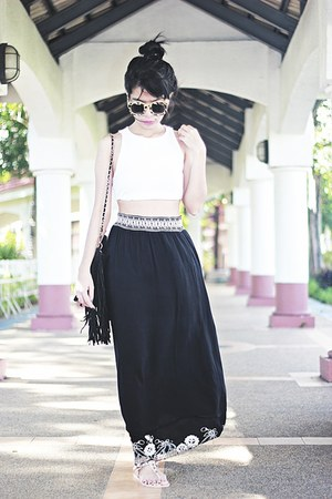 fringe suiteblanco bag - pull&bear sunglasses - cropped H&M top