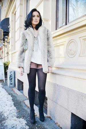 black Din Sko boots - off white faux fur vintage from Ebay jacket - pink H&M sho