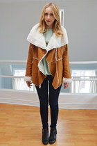 burnt orange faux shearling Us trendy coat - black Aldo shoes
