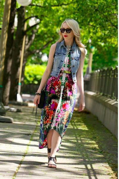black Rebecca Minkoff bag - London times dress