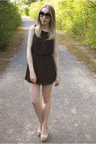 gunmental cross Urban Outfitters necklace - Payless Shoes shoes