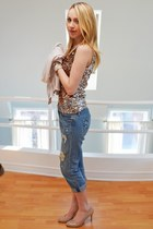 gold Forever 21 top - nude the bay shoes - blue American Eagle jeans