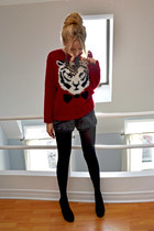 crimson tiger and bow Urban Outfitters sweater - black Nine West shoes
