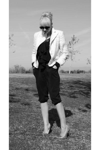 black Charlotte Russe pants - beige thrifted blazer