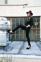 black Uniqlo jeans - maroon felt Top Shop hat