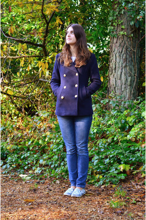 navy pea coat Joules coat - blue Gap jeans - light blue Vans flats