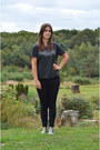 Black-gap-jeans-gray-zoe-karssen-t-shirt-black-converse-sneakers