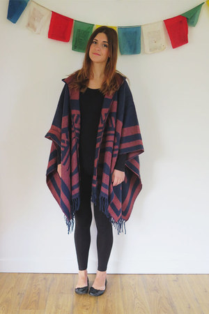 black H&M leggings - black H&M top - navy Marks and Spencer cape - black Tesco