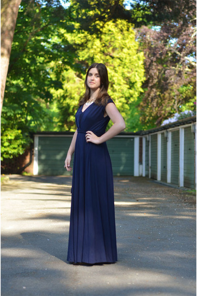 navy maxi dress Monsoon dress - gold H&M necklace