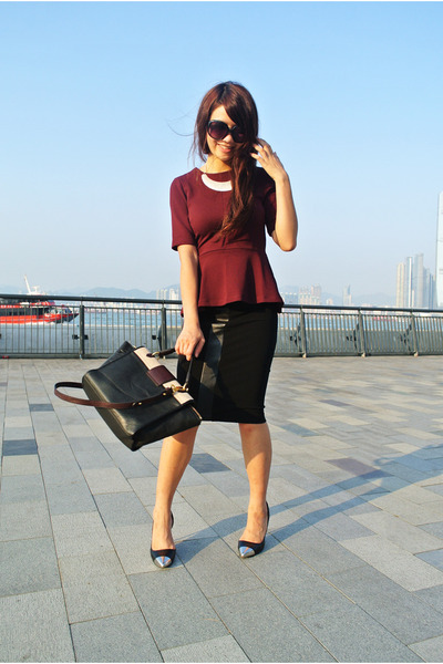 brick red peplum H&amp;M top - black Marc by Marc Jacobs bag