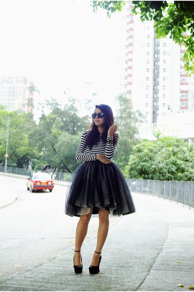black Alice & Olivia dress